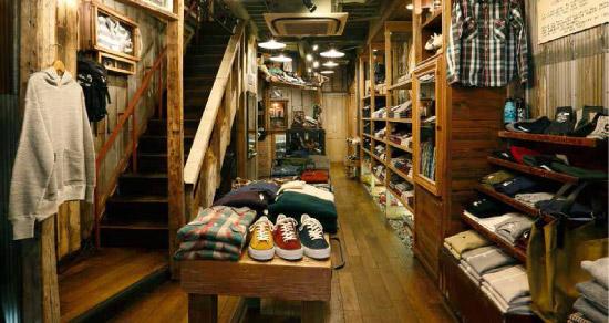 WAREHOUSE(ウエアハウス)名古屋店