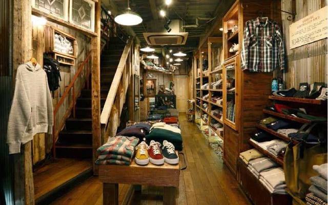 WAREHOUSE & CO.(ウエアハウス)名古屋店